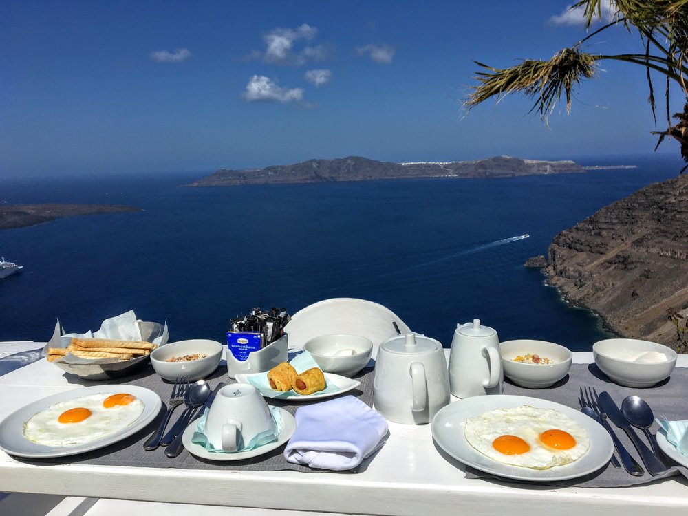 breakfast-mill-houses-santorini