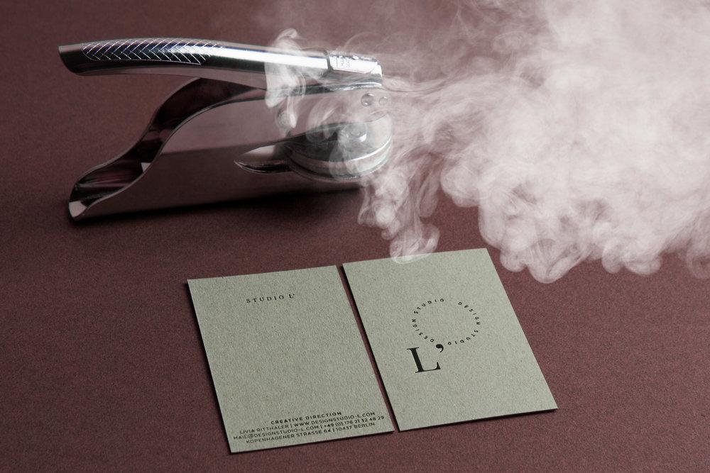Livia_Ritthaler_Studio_L_Stamp_Card_Crafted_Corporate_Design.jpg