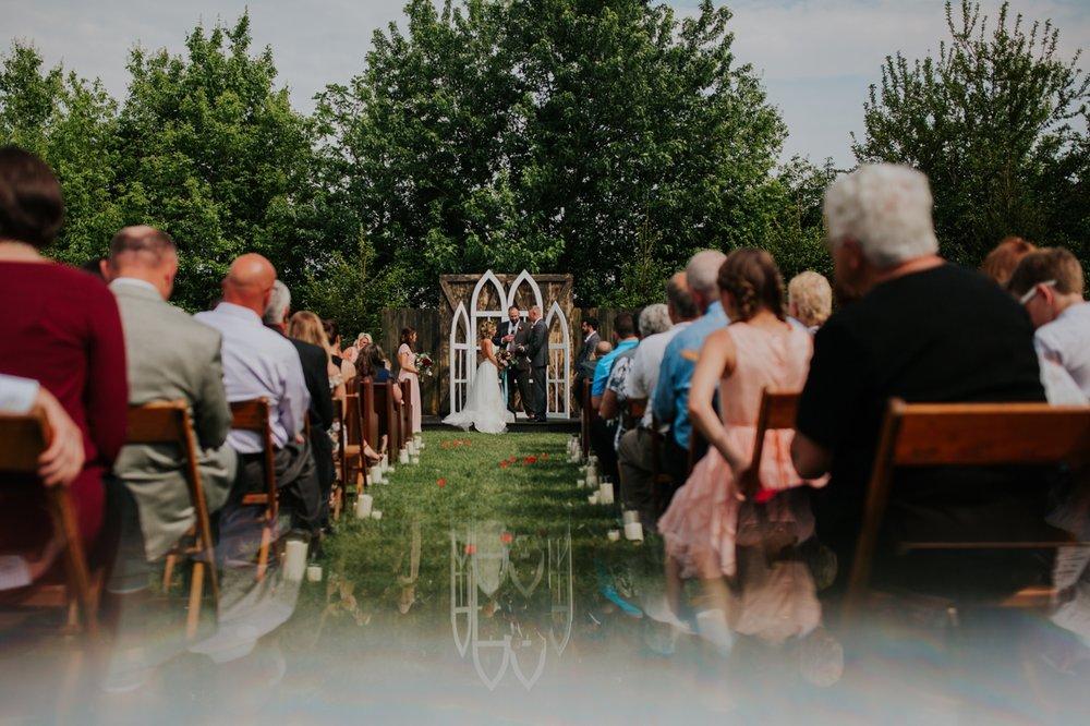 columbus ohio rustic wedding25.jpg