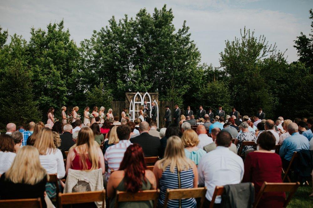 columbus ohio rustic wedding24.jpg
