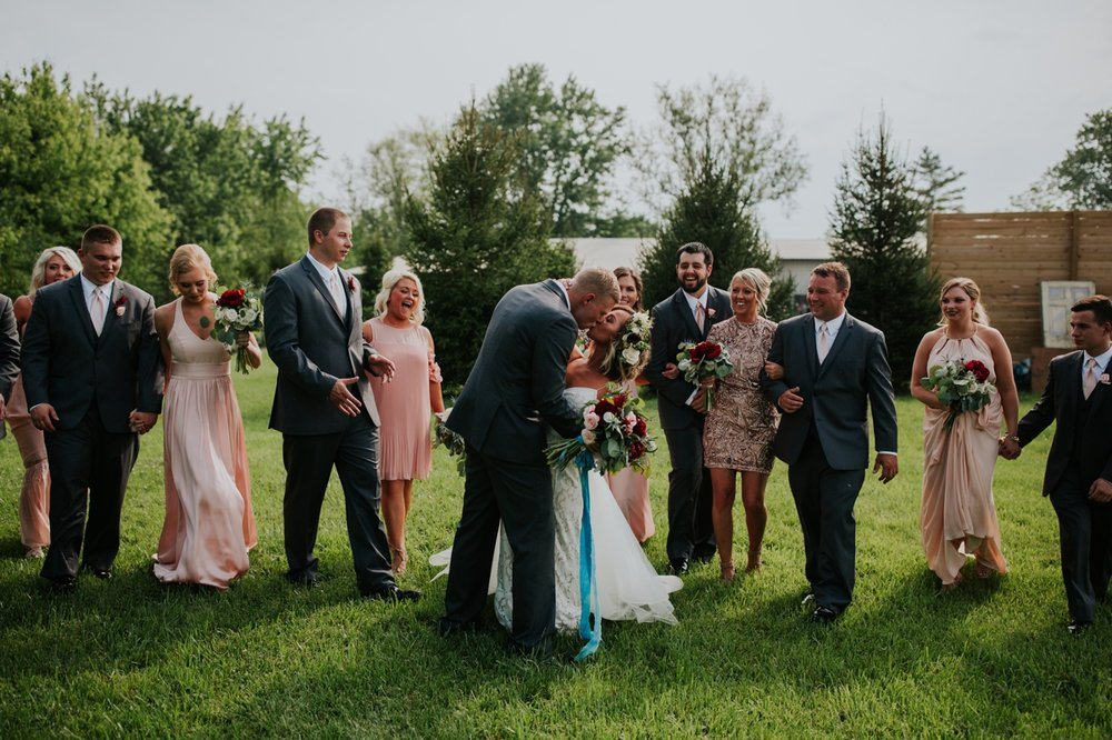 columbus ohio rustic wedding28.jpg