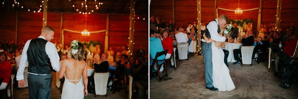 columbus ohio rustic wedding40.jpg