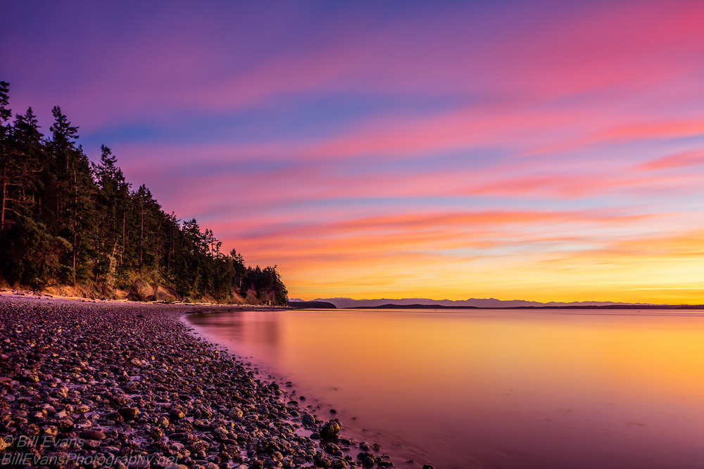 Flat Point Beach, Lopez Island, WA ( 16 February 2015) Sony A7R + Canon TS-E 24mm/3.5 121s @ f/6.3 iso 100