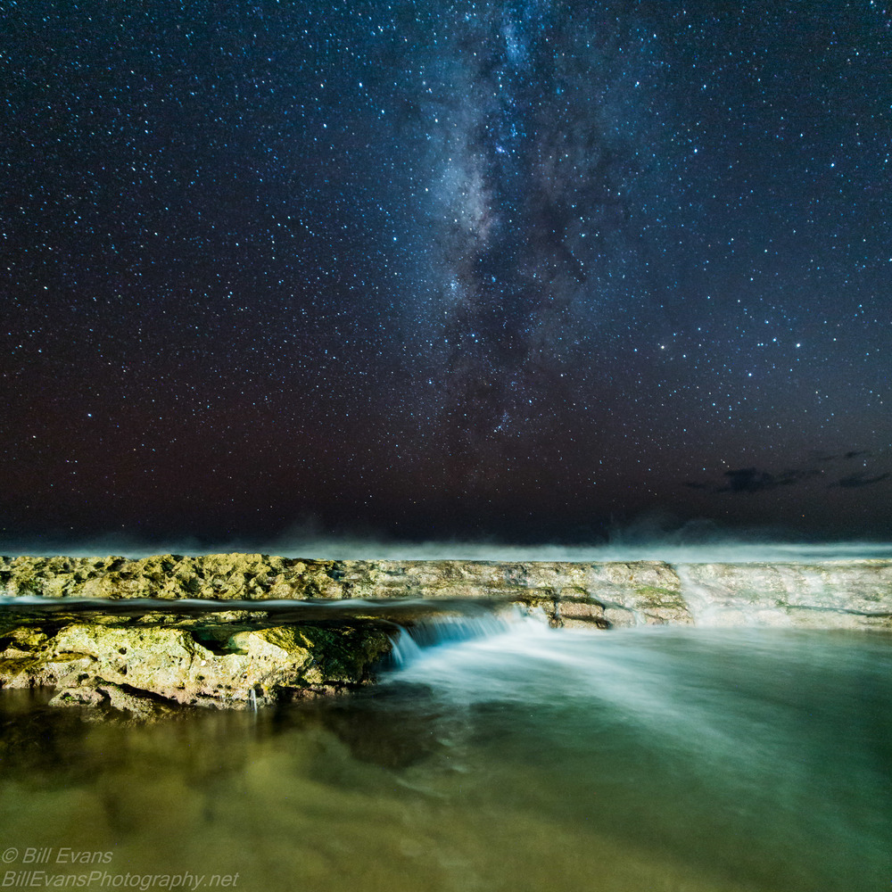 Milky Way Over Salt Pond Park, Kauai (8 October 2015) Sony A7Rii + Zeiss Distagon T* 15mm f/2.8 ZE (*1) 25s @ f/2.8 iso 6400