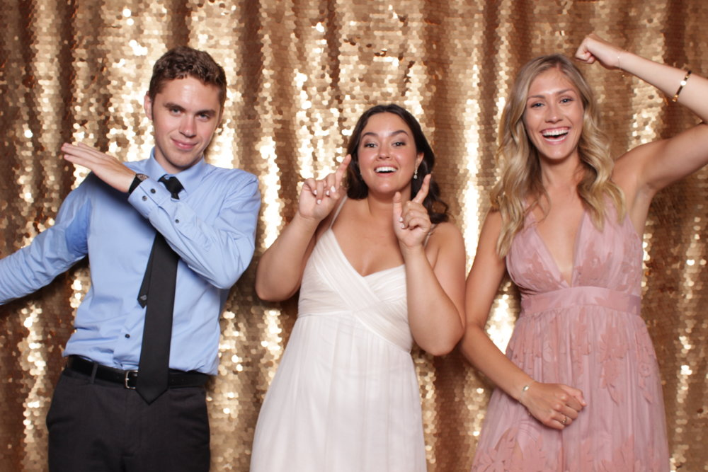 Minneapolis_St Paul_Photo_Booths_Weddings (6).jpg