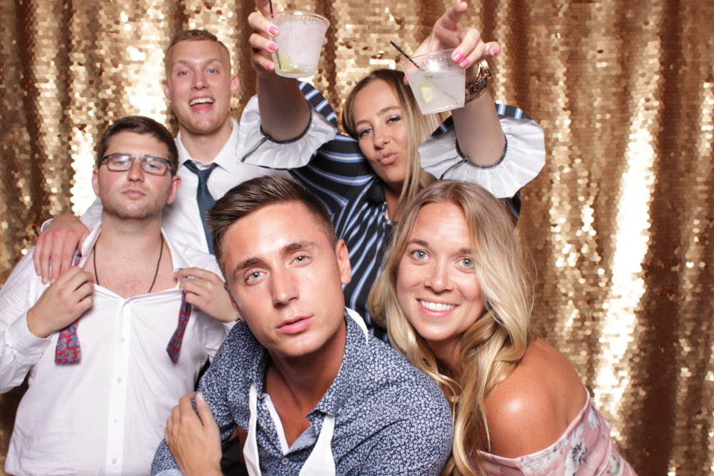 Minneapolis_St Paul_Photo_Booths_Weddings (8).jpg
