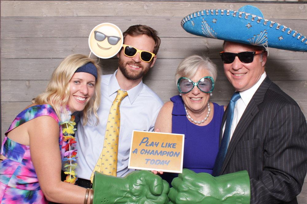 Minneapolis_Machine_Shop_wedding_photo_booth_rental (5).jpg