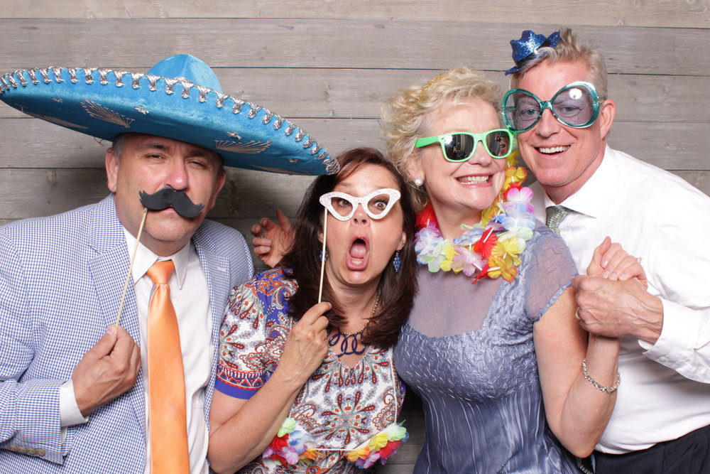 Minneapolis_Machine_Shop_wedding_photo_booth_rental (9).jpg