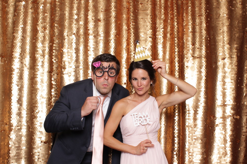 Minneapolis_wedding_photo_booth_Machine_Shop (20).jpg