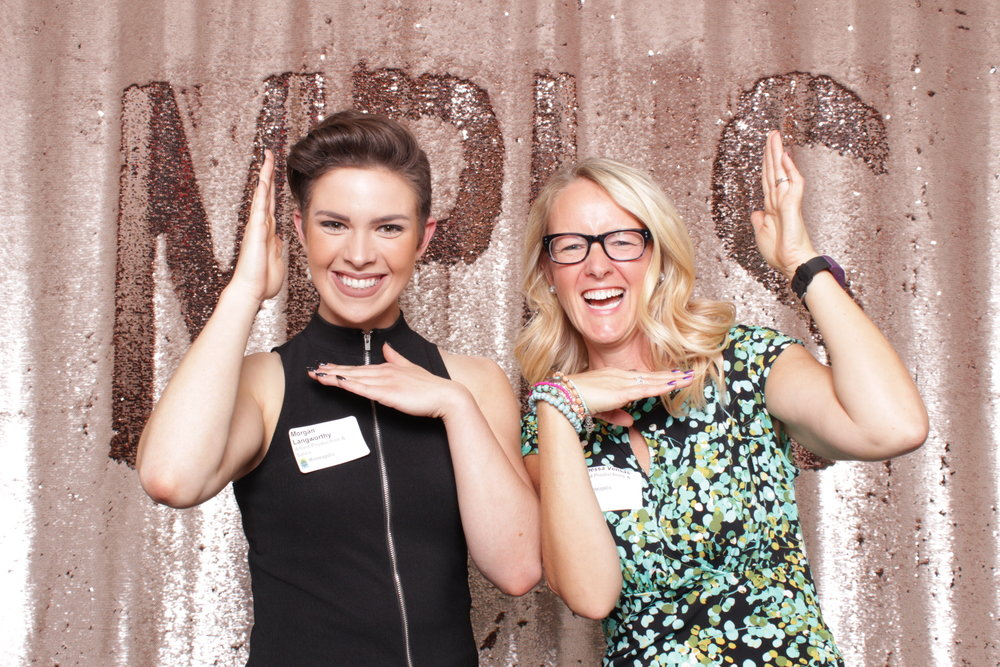 Minneapolis_corporate_photo_booth_rentals (5).jpg