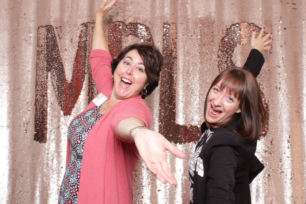 Minneapolis_corporate_photo_booth_rentals (9).jpg