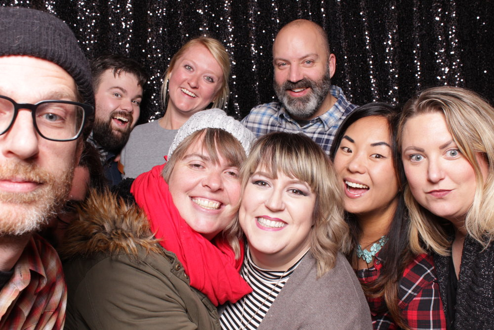 Minneapolis_birthday_party_photo_booth_rentals (18).jpg
