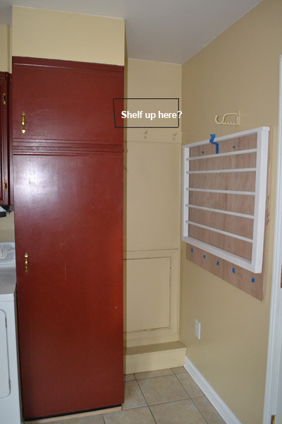 mud room corner space.jpg