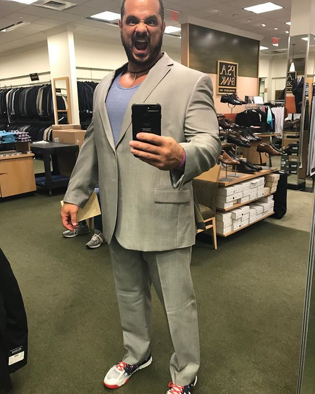 Silverback suit fitting. 🇺🇸🦍💪🏻🦍🇺🇸 #BrennanBash #PlayingDressUp #Annapolis #Maryland #fit #fitness #fitfam #fitfun #fitnessmotivation #instafit #instafun #instagood #instafitness #igers #igfit #igfitness #gym #gymlife #gymmotivation