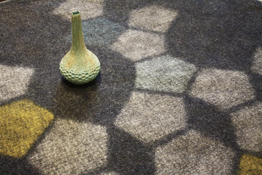 Hive rug