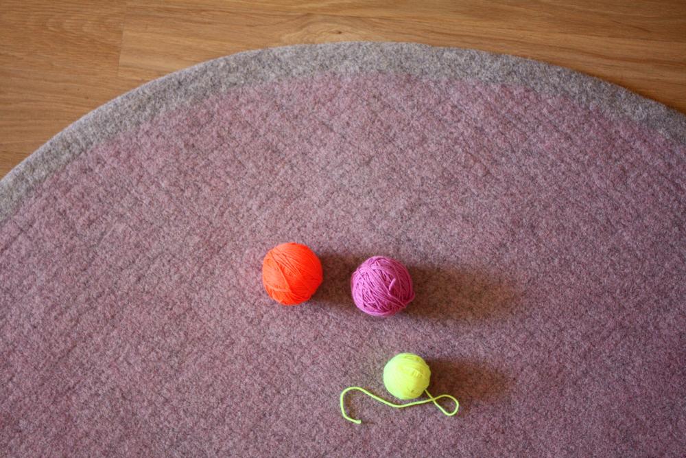 Ring rug