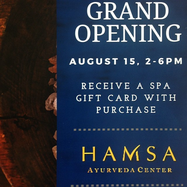 Excited to serve our #BeeFriendly iced teas at the Grand Opening of the new retail store at Hamsa Ayurveda & Yoga, Chicago's leading ayurveda center and home of meditation and cleanse expert @monica_yearwood!  The event is this Saturday, 8/15, from 2-6pm. Learn more about Hamsa at HamsaCenter.com  #chicago #ayurveda #ayurvedic #cleansing #bodyoils #teas #tea #organic #nongmo #localproduct #chicagoareayoga #yogachicago #yoga #holistic #summertimechi #wellness #knowledge #wisdom #community #consciousness #wiseconscious #beeinspired #yogalifestyle #yogafit #yogafun