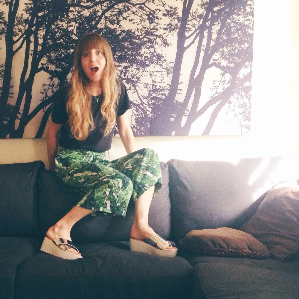 Love these H&M culottes. Surprisingly versatile. (image via my beau)