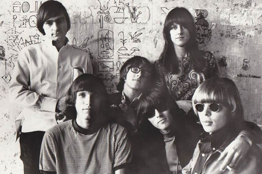 I am into Grace Slick's hair, too. (image via 911tabs.com)