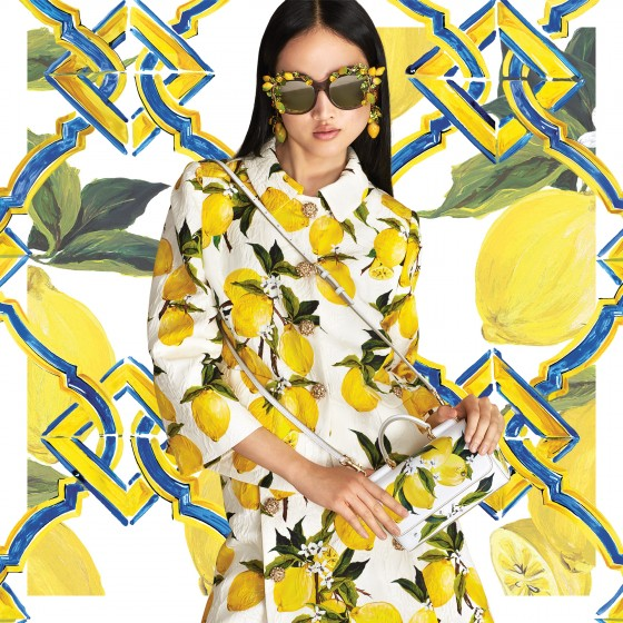 Why not go for designer lemons? Dolce & Gabbana. (via  dolcegabbana.livejournal.com )