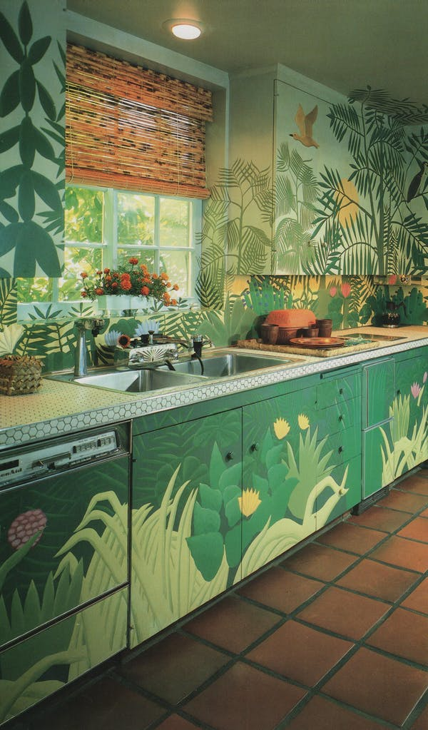 Hey, I could hang with this kitchen if I had to. (Image via  The Los Angeles Times California Home Book )