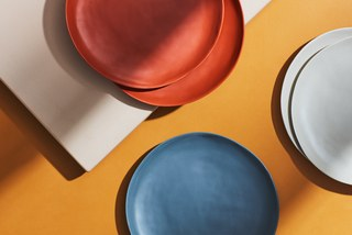 8 Melamine Plates For All Your Outdoor Dining Needs