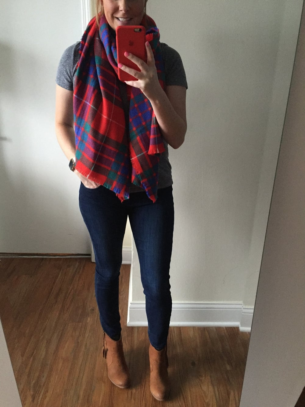 Scarf: Old Navy,  Brushed Flannel Scarf ,  Jeans: Express,  Solid Dark Mid Rise Jean Legging , Booties: Aldo, Watch: Apple,  38mm Gold Aluminum Case  (with Antique White Sport Band)