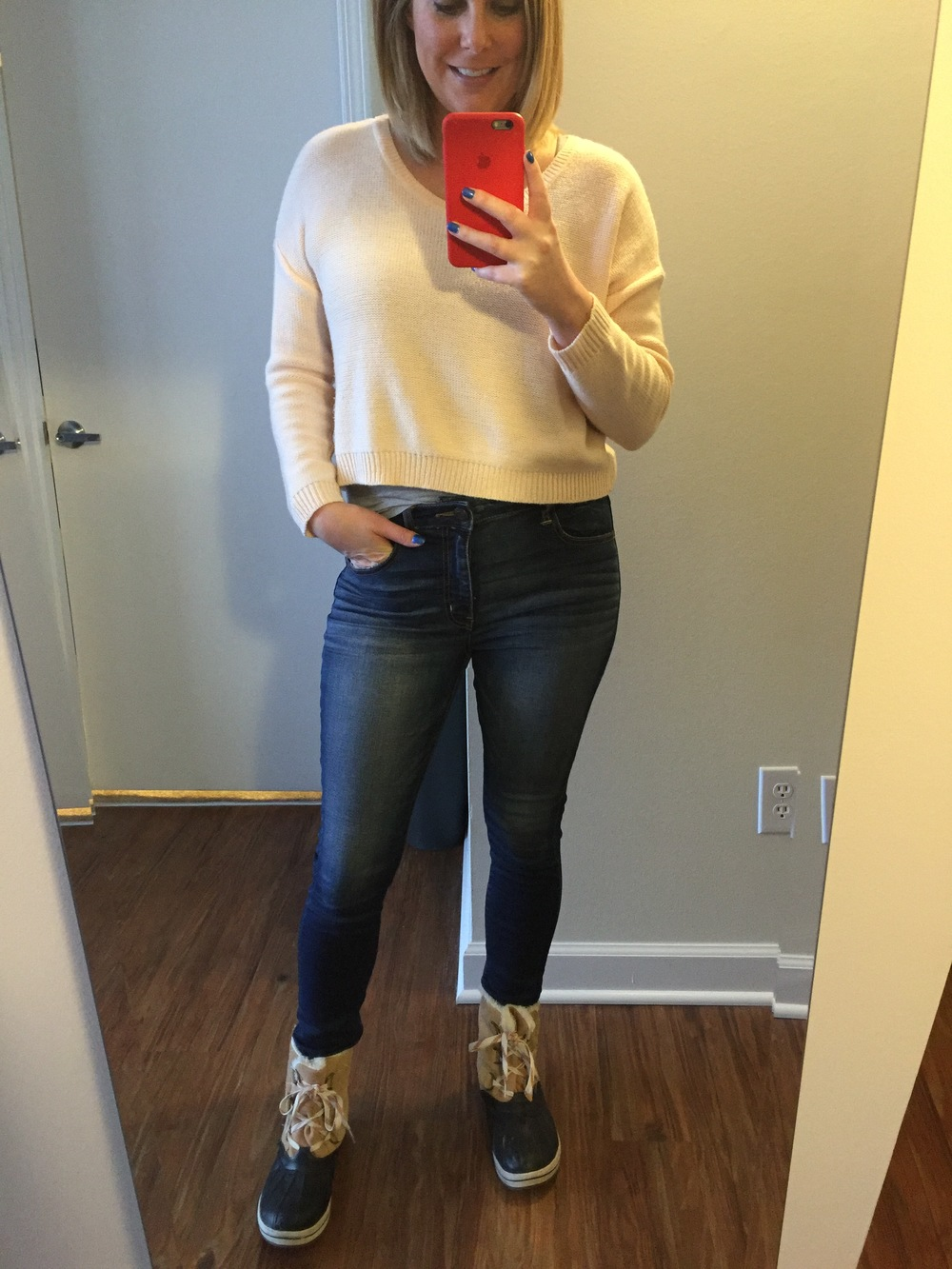 Sweater: H&M, Tank: H&M,Jeans: American Eagle, Hi-Rise Jegging , Boots: Target,  Merona Nancy Winter Boots