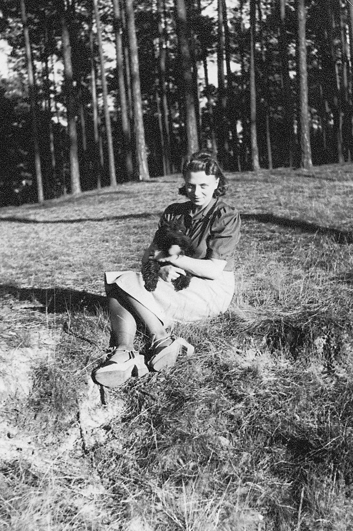 011_Scotts_1935-1942.jpg