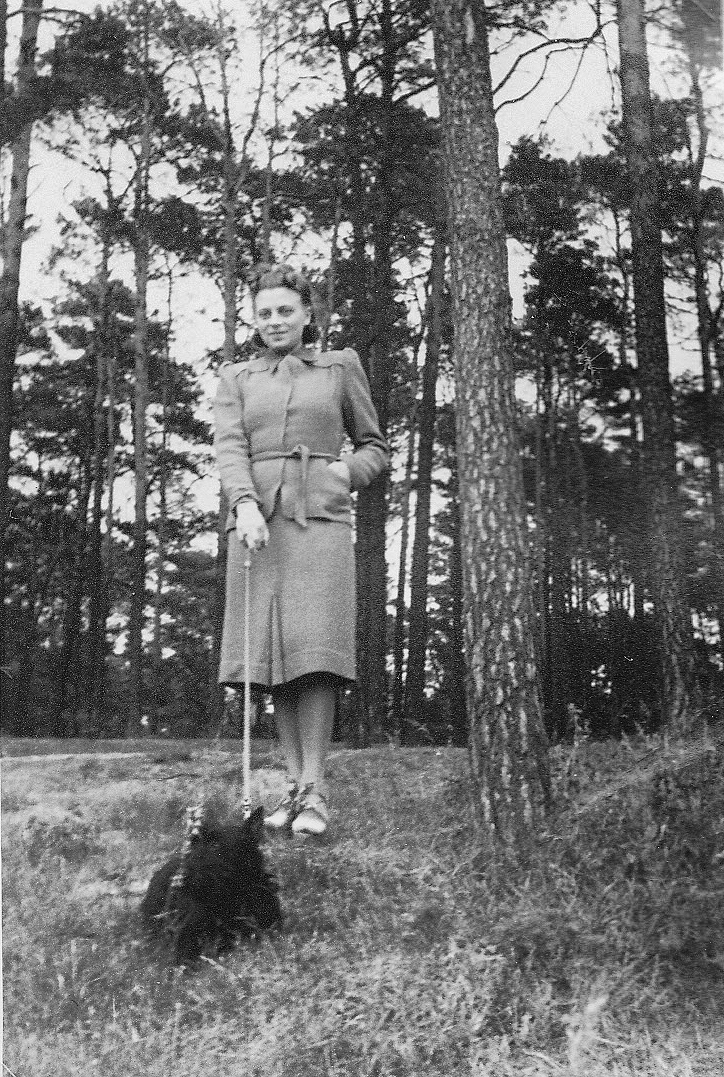 012_Scotts_1935-1942.jpg