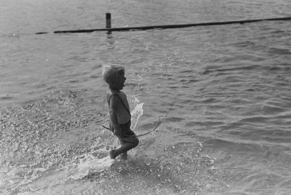 083_Scotts_1935-1942.jpg