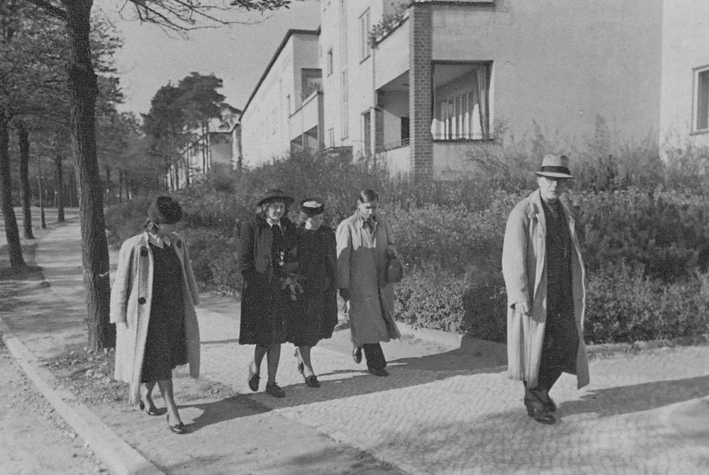 118_Scotts_1935-1942.jpg