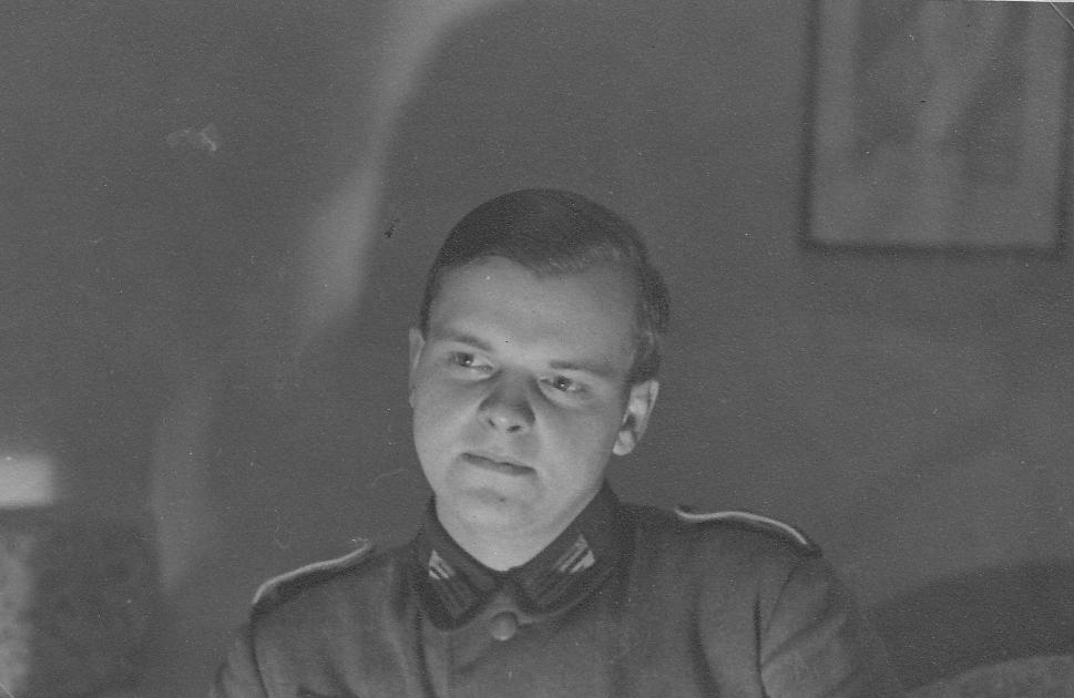 121_Scotts_1935-1942.jpg