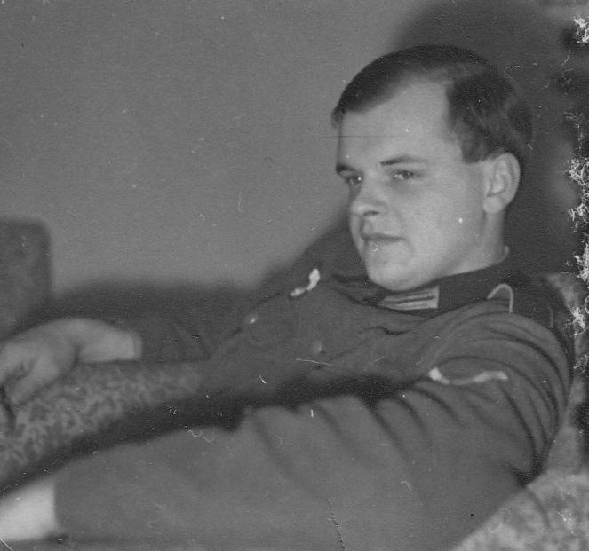 122_Scotts_1935-1942.jpg