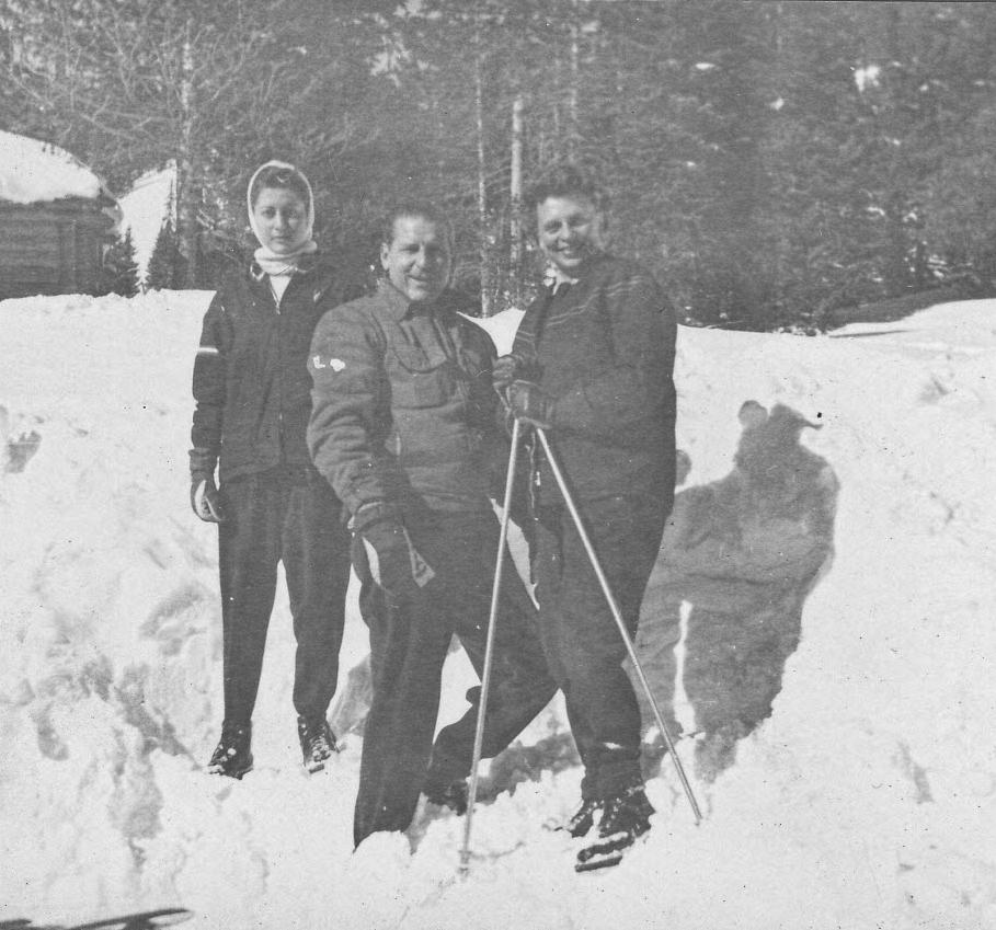 153_Scotts_1935-1942.jpg