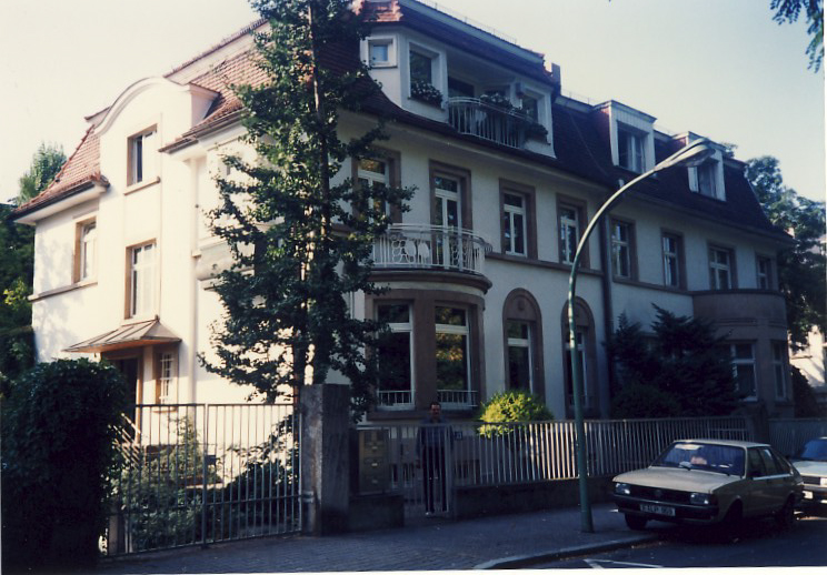 A70_Europe_1991_004.jpg