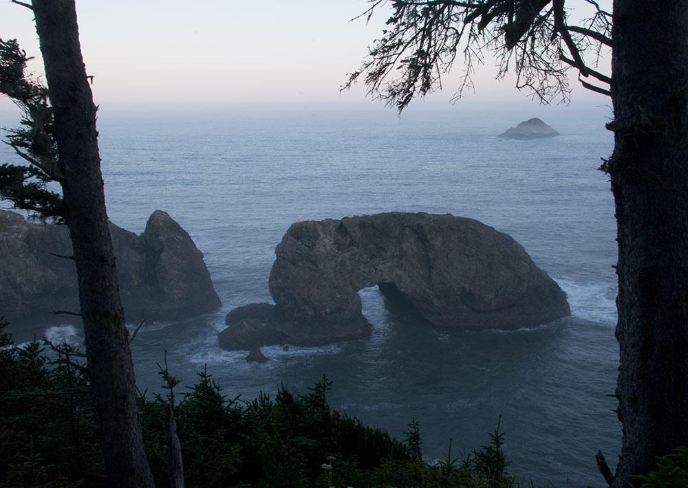 A80_Pacific_Coast_2006-Arch_Rock_C20_4039-002.jpg