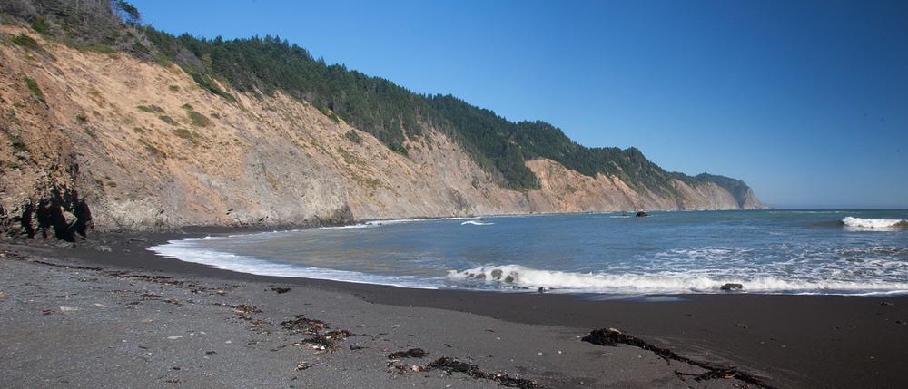 A80_Pacific_Coast_2006-Lost_Coast_Panorama_C20_3422-101.jpg