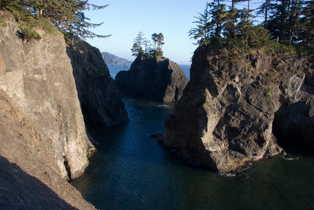 A80_Pacific_Coast_2006-Natural_Bridge_C20_3786-124.jpg