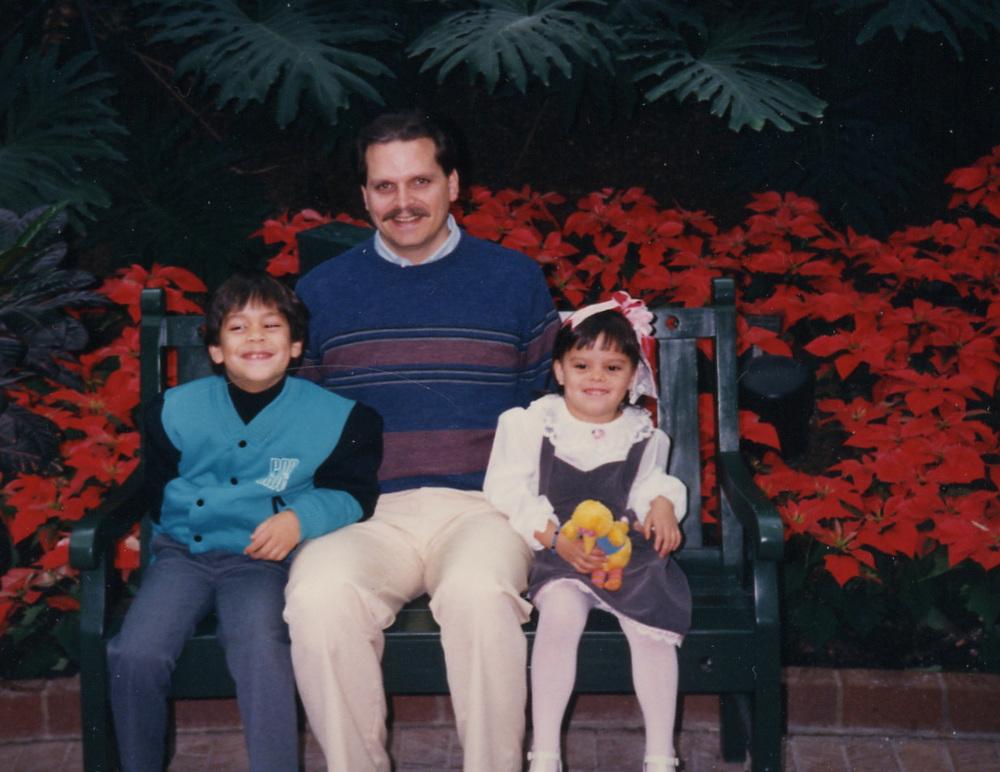 026 Dad Brandon and Sarah at Opryland.jpg