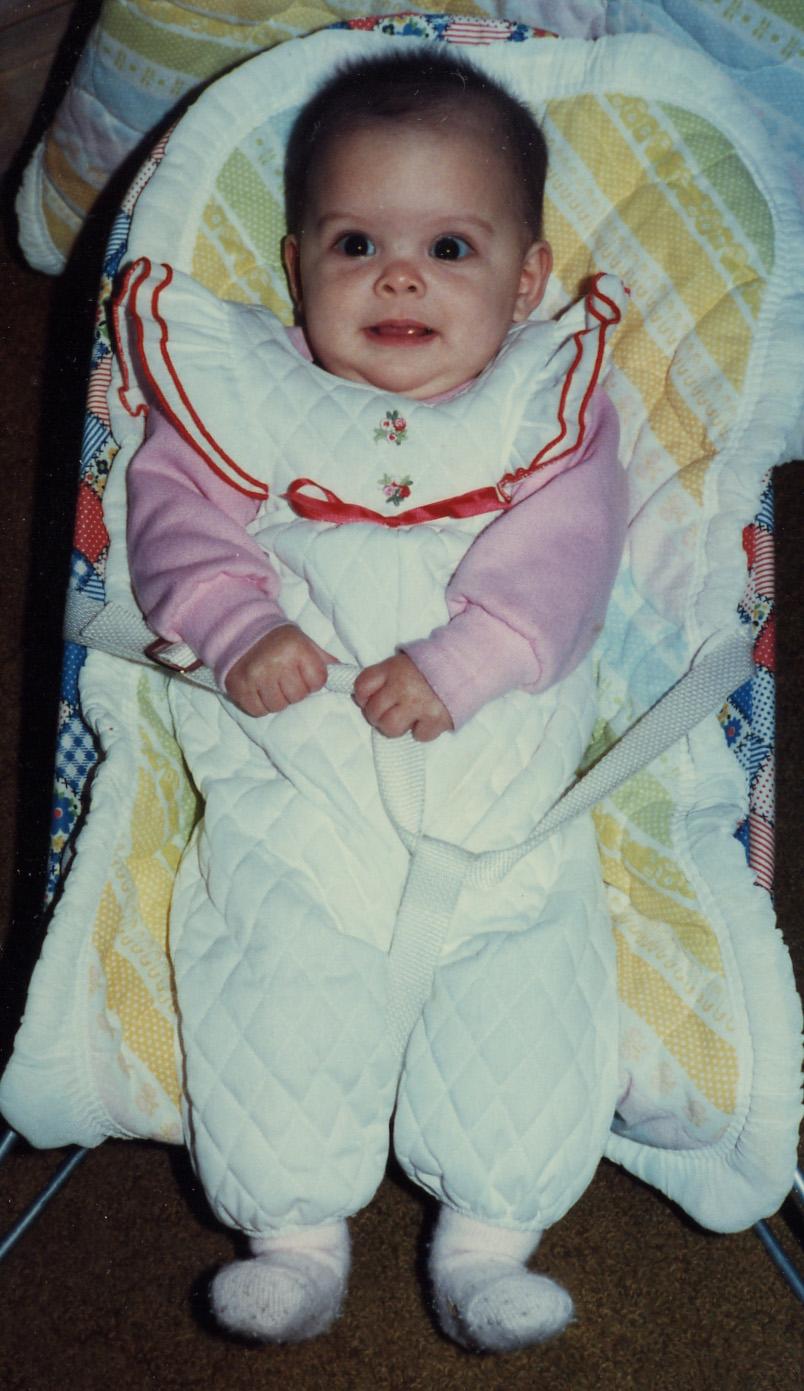 039 In baby chair - 1 yr.jpg