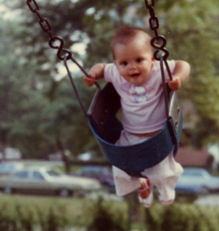 058 on swing in Oz park.jpg