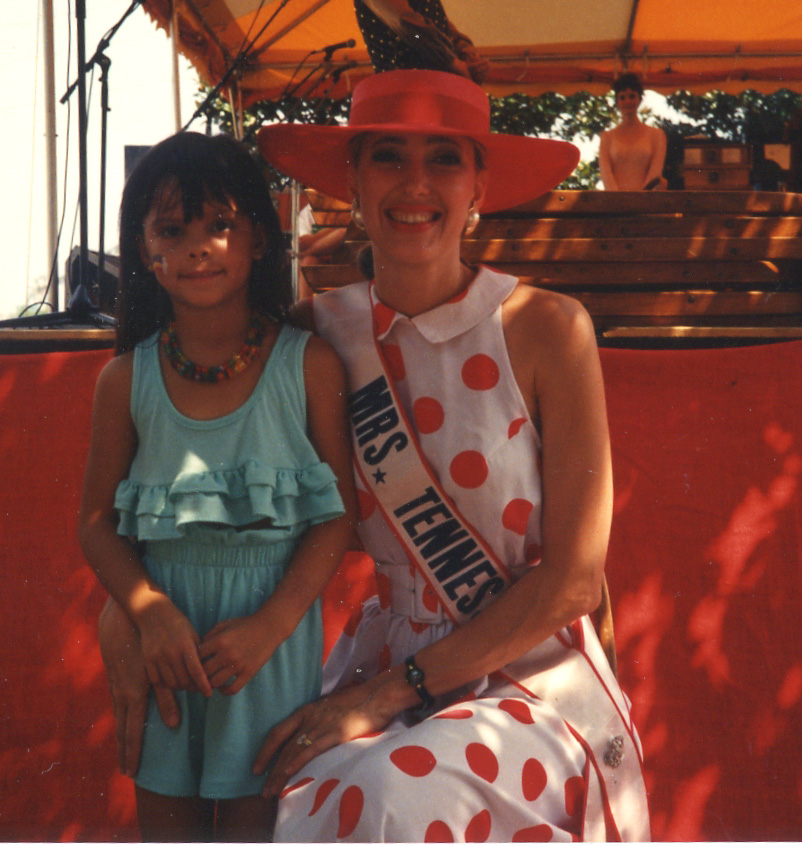 085 with Miss Tennessee.jpg