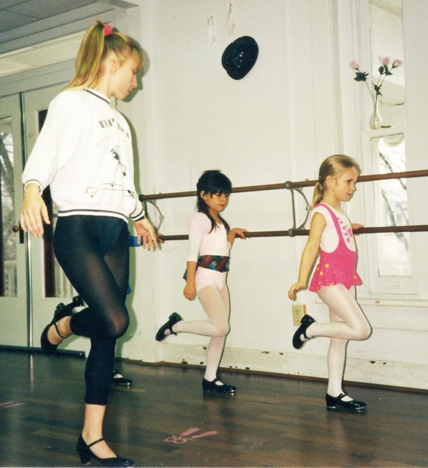 088 Ballet Lesson.jpg