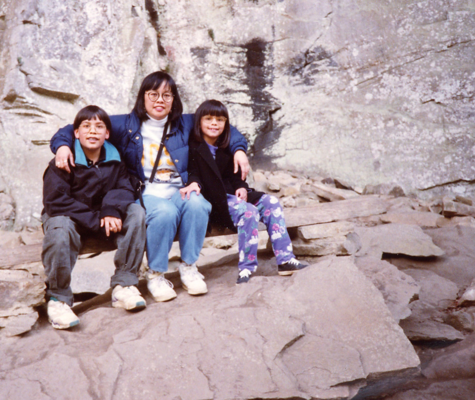 192 with mom and Brandon in natl park.jpg