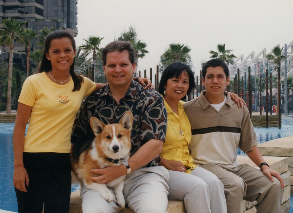 212 family pic June 97.jpg