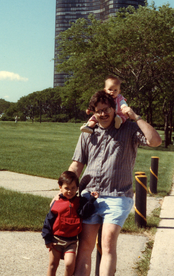 254 w Dad and Brandon in Chicago 1984.jpg