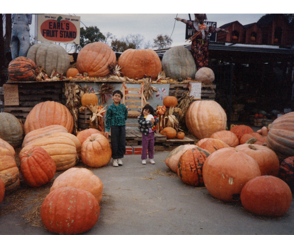 272 w Brandon at pumpkin farm 1988.jpg