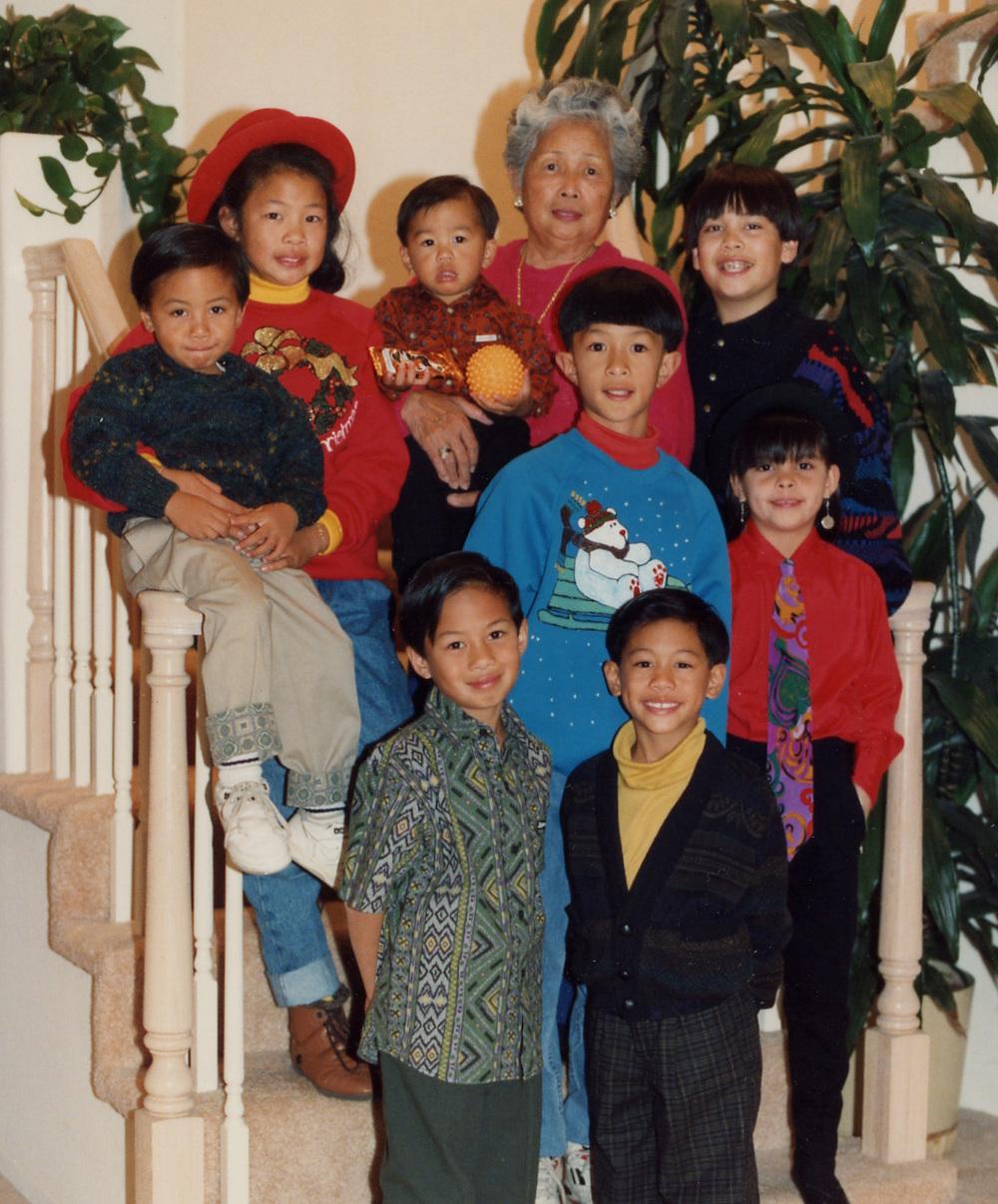 293 family Xmas pic 1997.jpg