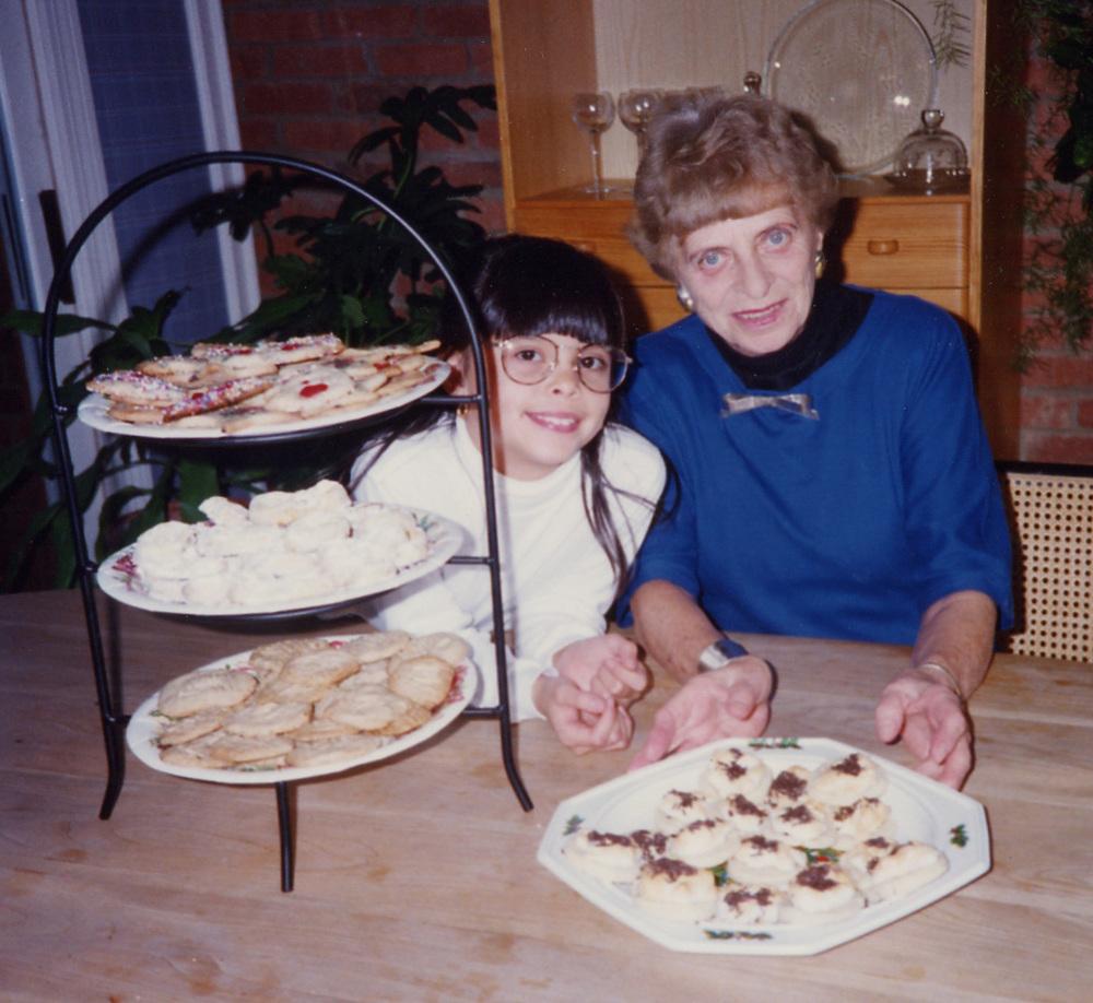 324 Xmas cookies w Grandma Scott.jpg